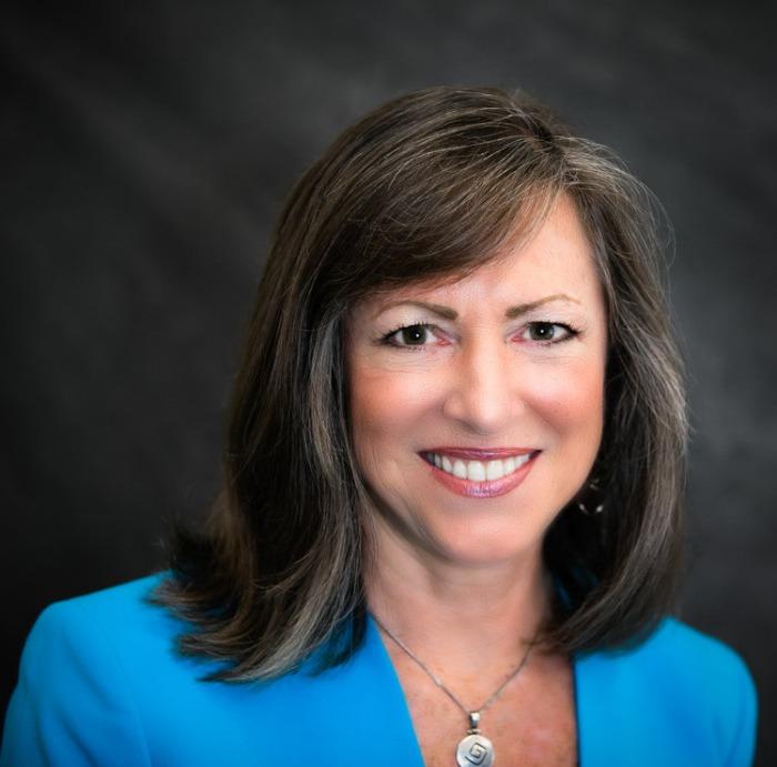 Dr. Christine Thompson, DC