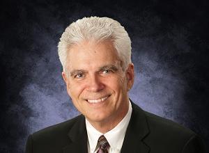Dr. Wayne Browne DC Logo