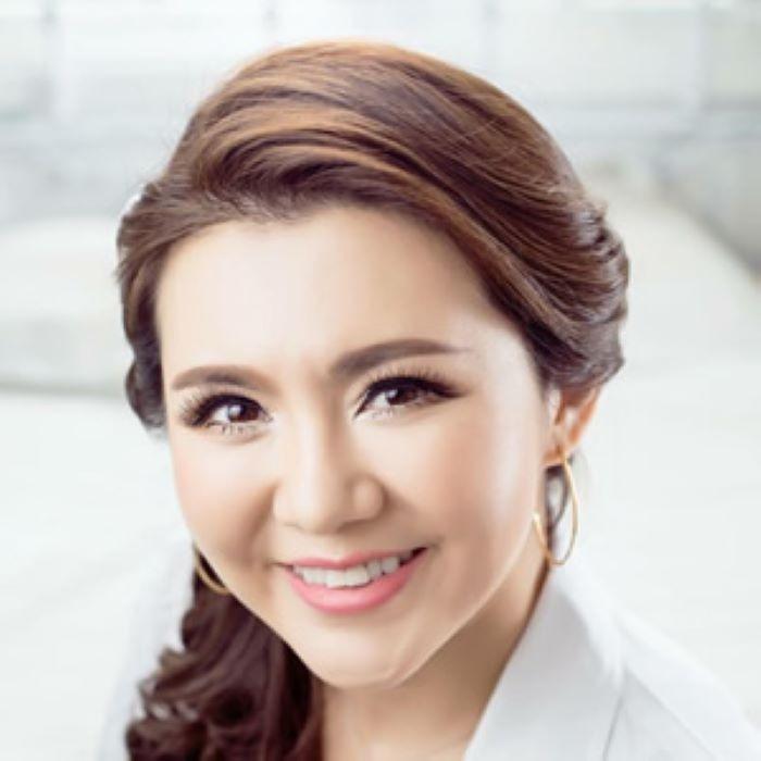 Doctor Calli Wang smiling