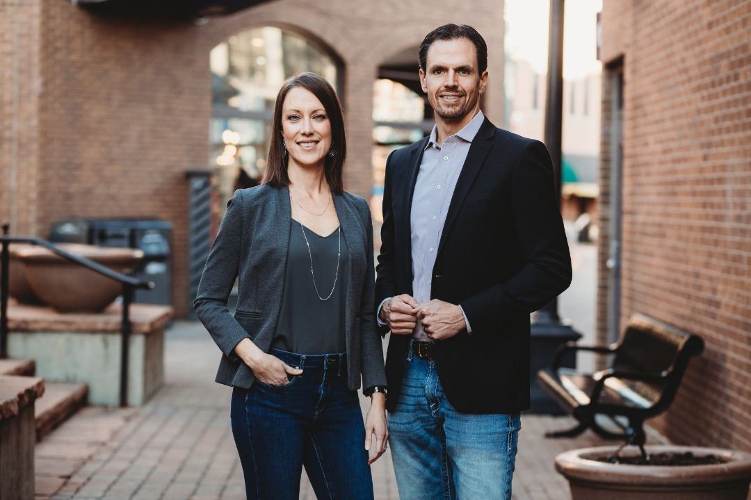 Drs. David and Lauren Kolowski, Owners of Inside Health. Founded in 2010.