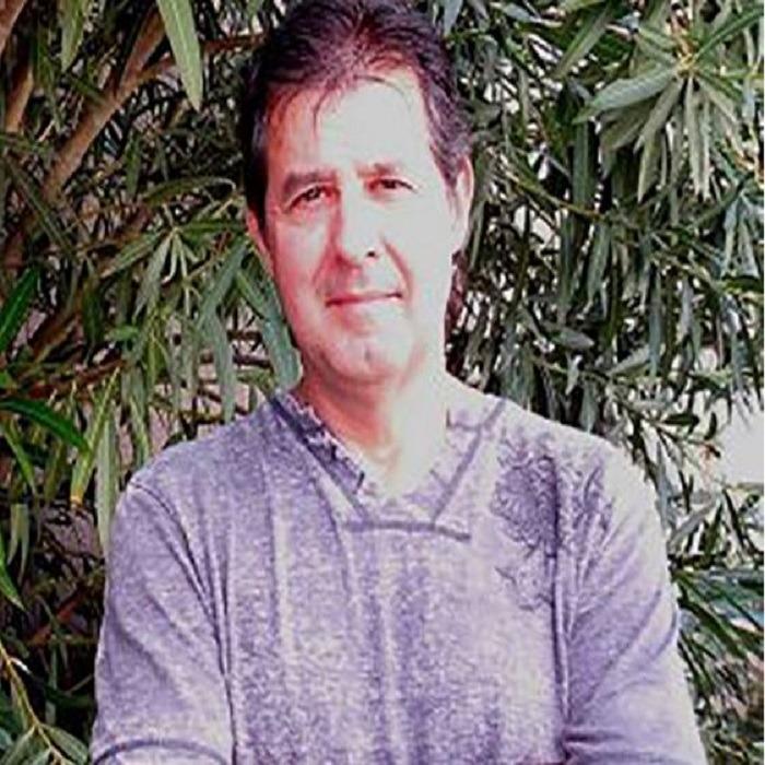 Dr John Bueler