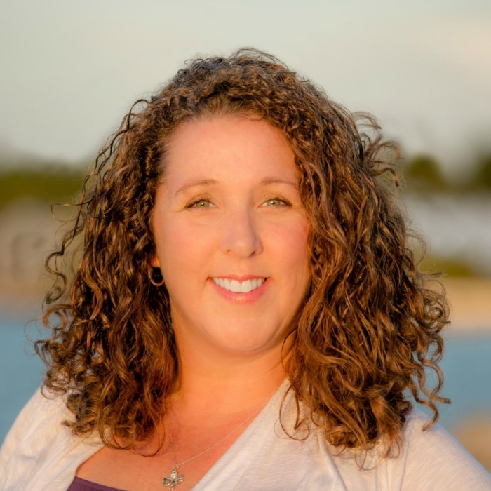 Dr Sherri Nichols headshot